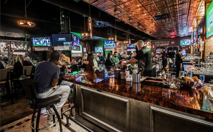 Franki's-Sports-Bar-Downtown-Dallas